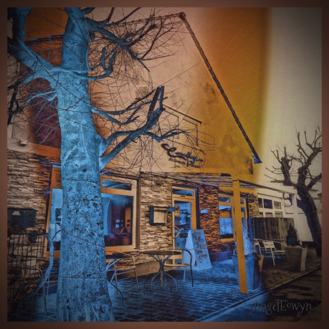 Blue Tree Cafe